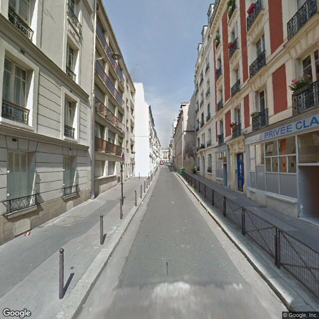 Place De Parking à Louer