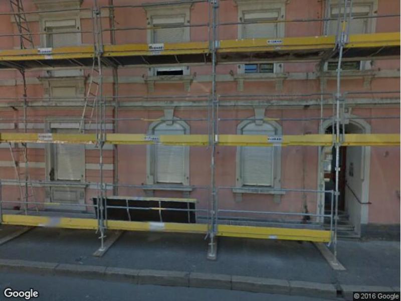 location de parking saint louis 7 rue du temple. Black Bedroom Furniture Sets. Home Design Ideas