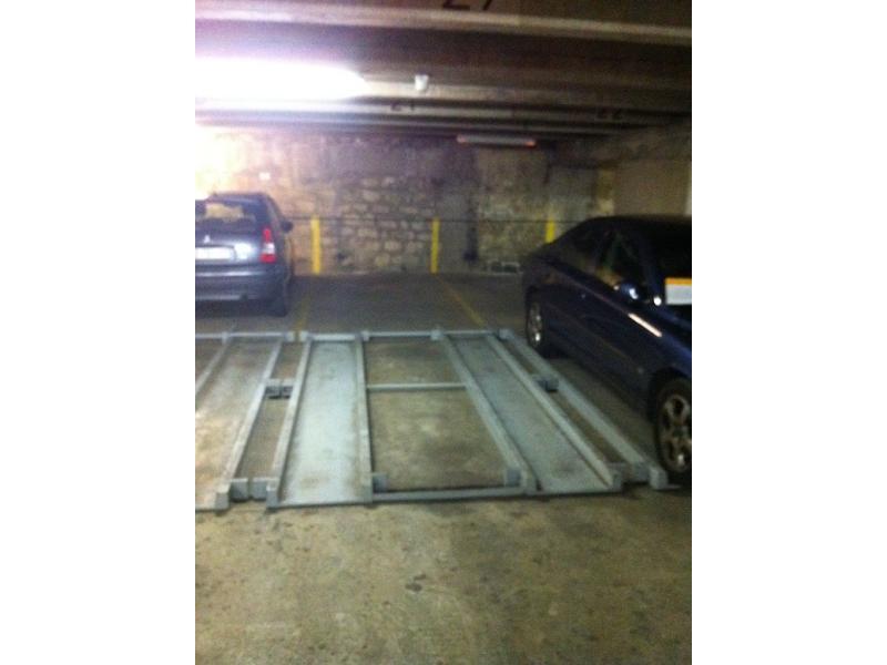 Paris 6 luxembourg place de parking vendre for Garde meuble luxembourg
