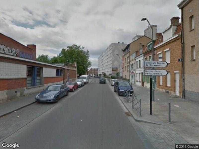 Parking vendre lille sarrazins for Garage rue caumartin lille