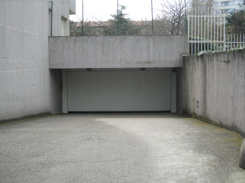 Location box garage lyon 8 for Garage avatacar lyon 8