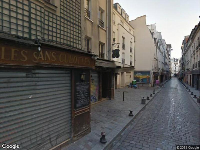 Place de parking à louer - Paris 75011 - Rue de Lappe, 75011 Paris, France - 130 euros