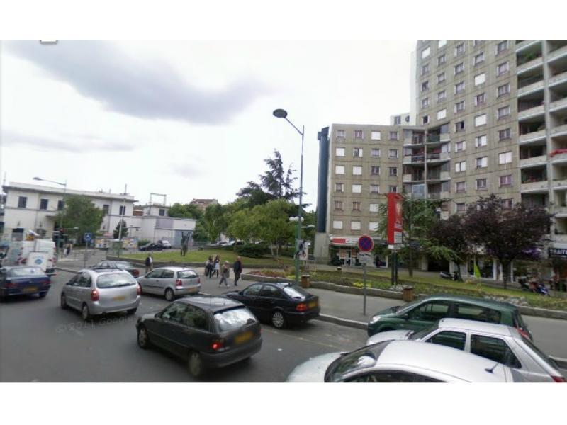 Location de garage arcueil laplace for Garage renault arcueil