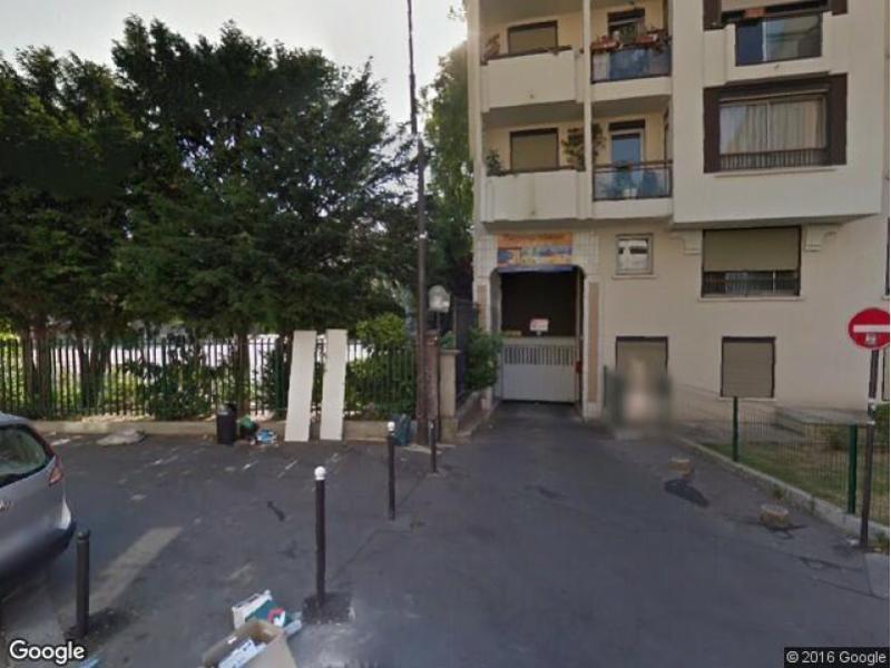 place de parking louer paris 75012 rue de toul. Black Bedroom Furniture Sets. Home Design Ideas