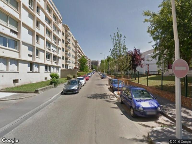 Location de parking - Lyon 3 - Saint-Maximin-Sisley