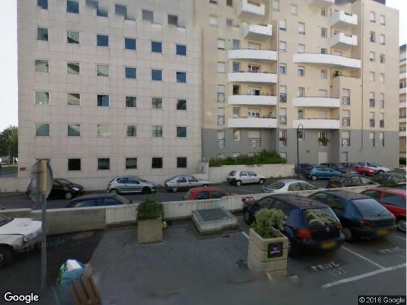 Location de parking - Neuilly-Plaisance - rue Charles Cathala