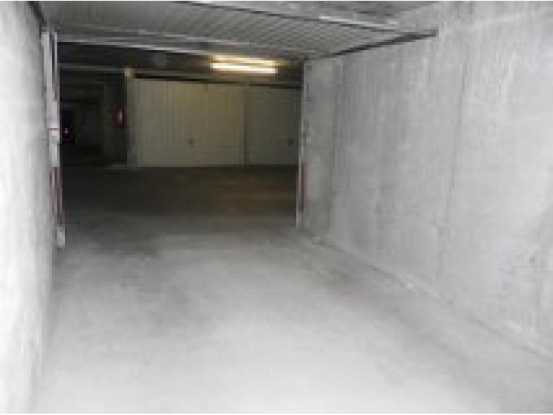 Location de garage lyon 2 rambaud seguin for Garage lyon 2