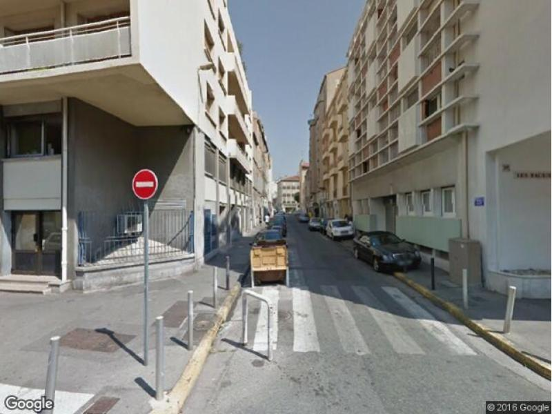 Parking à louer - Marseille 5 - Baille / Timone
